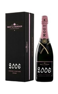 Шампанское Moet & Chandon Brut Vintage Rose 2006 0.75 л