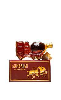 Коньяк Armenian Cognac 5 Years Concrete Mixer 0.5 л