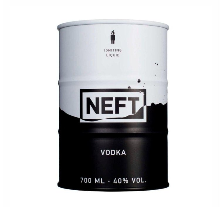 Водка Нефть Спешл Эдишн №1 0.7 л (Vodka Neft Special Edition No.1 700 ml)